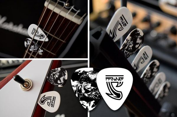 Customized picks available